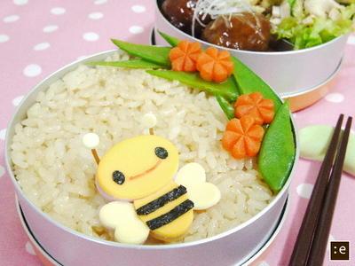 >肉だんご甘酢あん*みつばちのお弁当 by goma-milkさん
