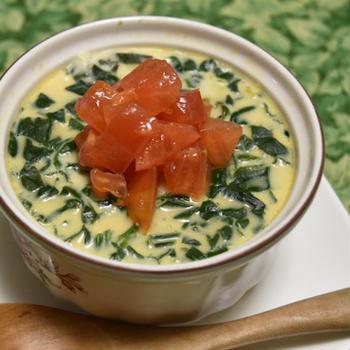 ちぢみほうれん草とチーズの茶碗蒸し【ぐんまクッキングアンバサダー】ほうれん草とチーズだけのシンプルおつまみ。