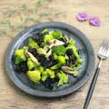 【レシピ】きくらげとブロッコリーのコンソメペペロンチーノ炒め