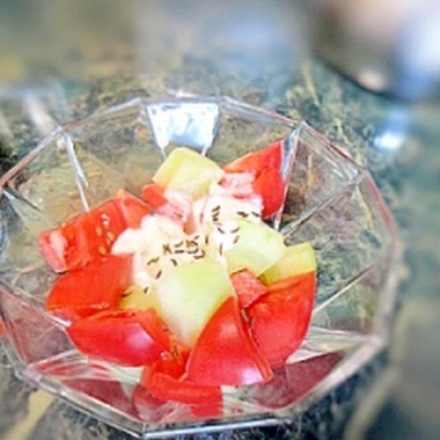 夏味☆トマトと青瓜のヨーグルトサラダ