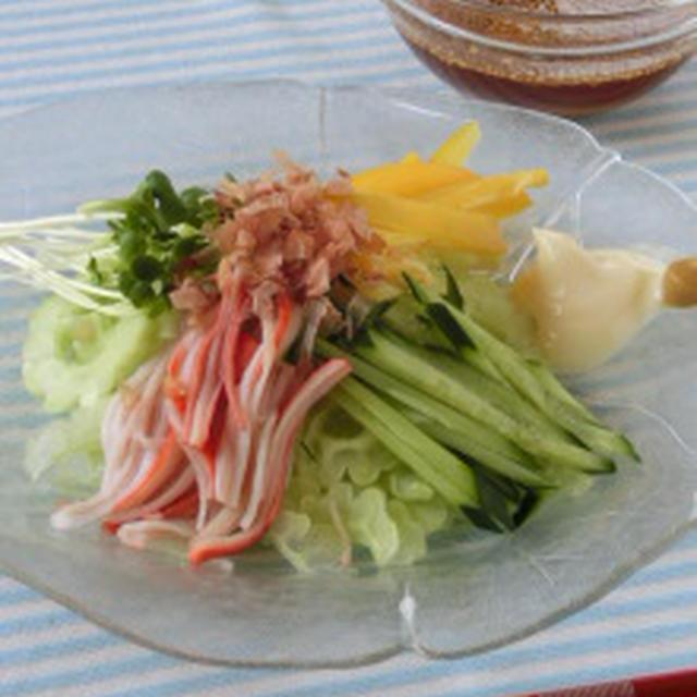 ☆我が家で出来たて野菜☆冷やし中華風白ゴーヤのサラダ
