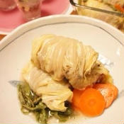 白菜と豚肉のしそ梅ロールレンジ蒸し