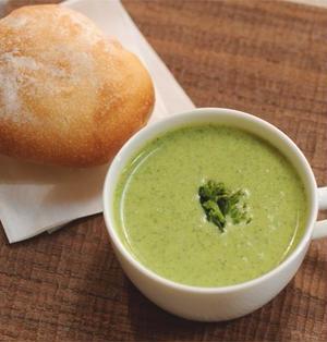 摘み菜(菜の花)のスープとパン