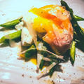 アスパラと半熟卵の温サラダ パルメザンチーズ風味