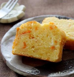金柑とクリームチーズが入ったパウンドケーキ