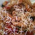 ナスとプチトマトのフジッリ