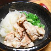 ひらひら大根と手羽元の塩煮。大根の食感がちょっと変わった煮物。