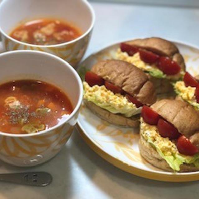野菜コロコロミネストローネ⭐️たまごサンド2種の味ロール