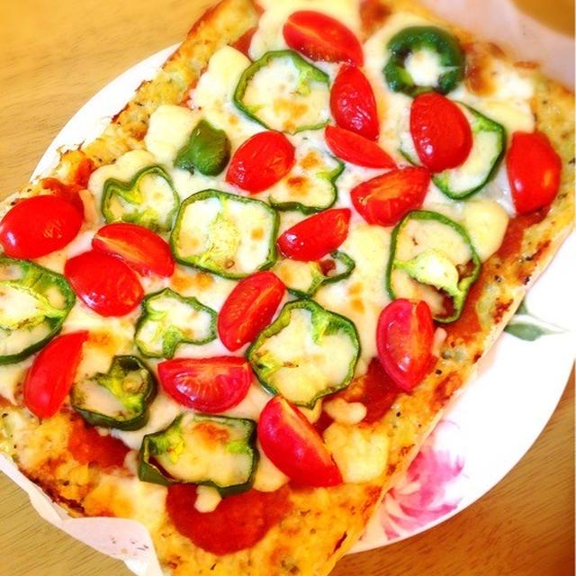 カリフラワー生地のピザ