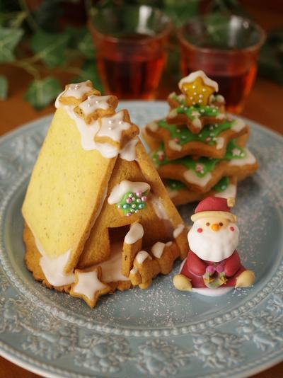 クリスマスのヘクセンハウス(紅茶クッキーで、お菓子の家)