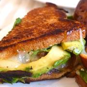 グリルドチーズサンドイッチ Grilled Cheese Sandwich