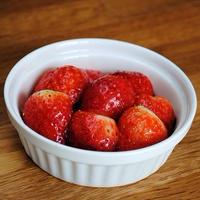 簡単なのに、オシャレでリッチな味わい!使い道いろいろ♪いちごのバルサミコマリネ