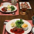 牛肉のきのこロール、トマト煮。娘たちと晩ごはん。