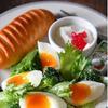 半熟ゆで卵と野菜のわさびマヨサラダ