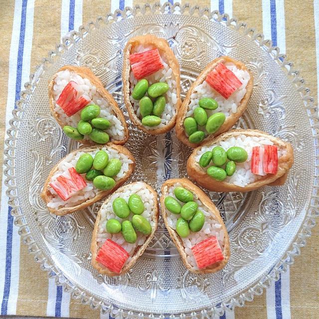 春らしいカニカマと枝豆をのせたいなり寿司(おうちでピクニック気分)(ダイエット)