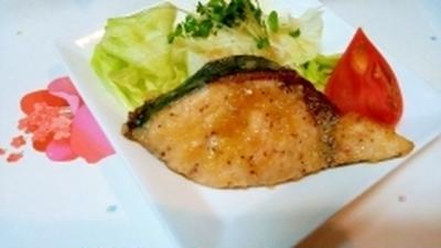 塩ダレ焼き肉のタレで、ブリをサッパリと美味しく♪