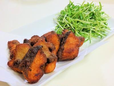 米粉で作る鮭の竜田揚げ~カレー風味~