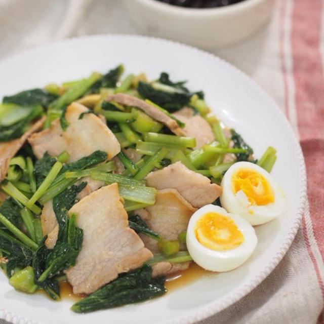 【食べ痩せレシピ】小松菜ペロリ♡豚バラと小松菜のにんにく醤油炒め♡