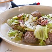 シンプルが美味しい!白菜とチーズ肉団子のコンソメ煮*使い方間違ってますよ