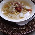ピリ辛白菜とトマトスープベトナムフォー
