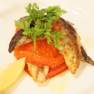 秋刀魚とトマトのオレガノ焼き