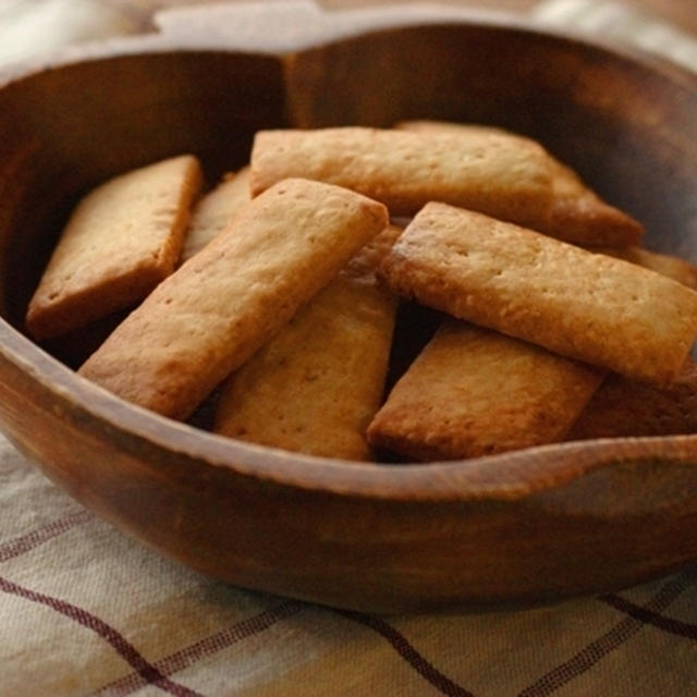 てんさい糖とサラダ油で作る、簡単ビスケット。