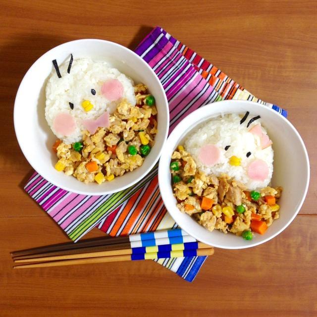 簡単朝ごはん!ヘルシー*栄養満点*カラフルツナ玉丼で「ヒヨコ丼」