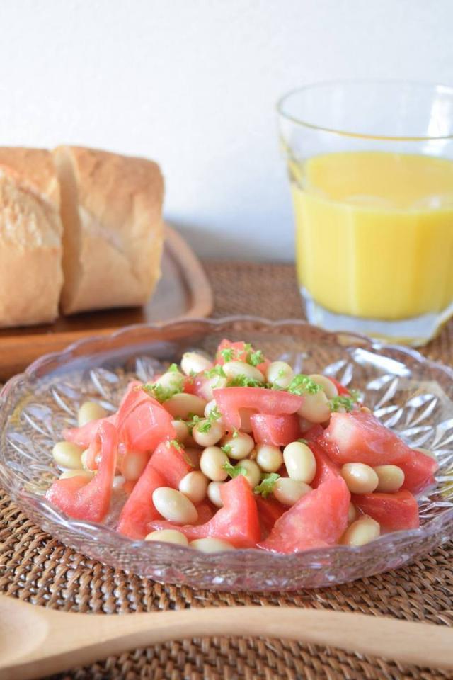 4.トマトと大豆のサラダマリネ