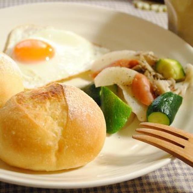 ぷちパンとズッキーニで朝ごはんプレート*