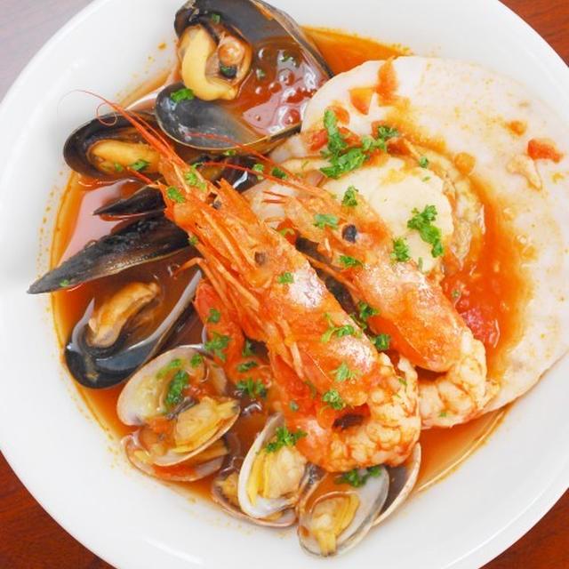 海老と貝のスープ ブイヤベース風