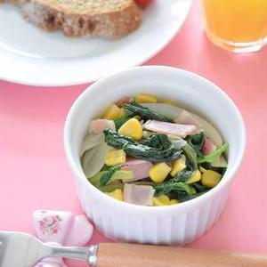 彩りあざやか♪「ほうれん草×ベーコン」のお弁当おかずレシピ
