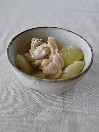 瓜と鶏モモ肉の塩麹煮