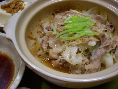 豚バラ肉と長ネギの蒸し鍋♪