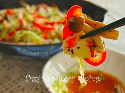 【ルクルーゼ・スキレットで作る】わが家の簡単「鶏肉と野菜の蒸し焼き」バジルバター風味