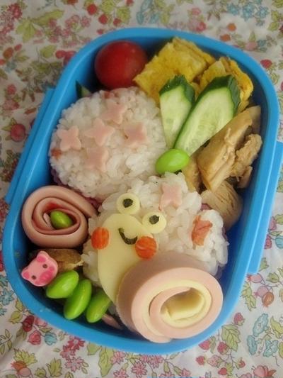 カタツムリのお弁当(キャラ弁)(幼稚園)