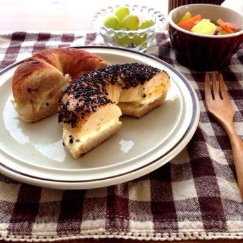 ベーグルで朝食と今日のお出かけ*