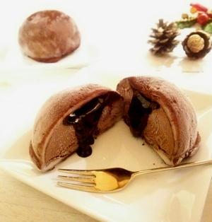 とろけるチョコソース入り チョコレートアイスクリーム大福