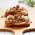 フルブラ梨とカッテージチーズのクロスティーニ by naomiさん