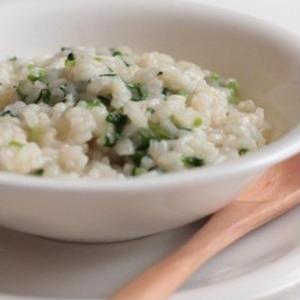 お粥以外も!七草の日に食べたい「七草リゾット」のレシピ