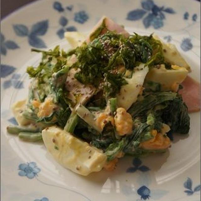 <レシピ>チアシードも加えて♪ほうれん草とたまごのサラダ。