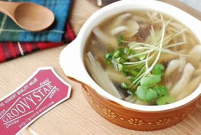3種類のキノコで♡ほっこり~生姜香る中華スープ