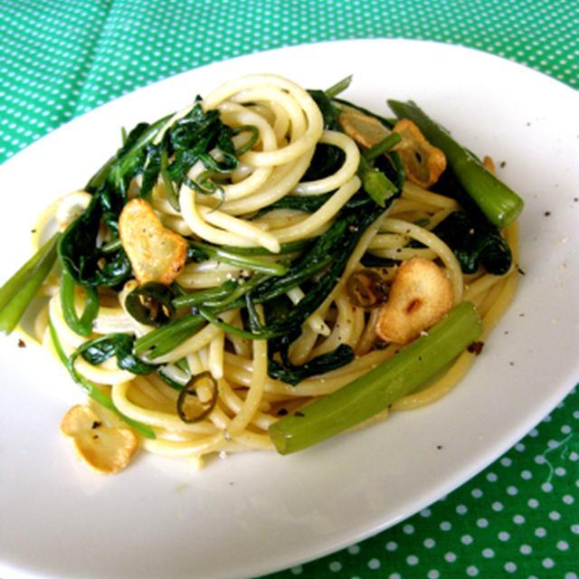 空芯菜とアンチョビのアジアン風ペペロンチーノ。