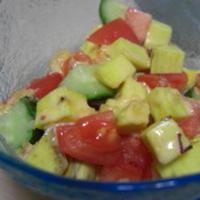 野菜のうまみドレッシングでコロコロサラダ♪