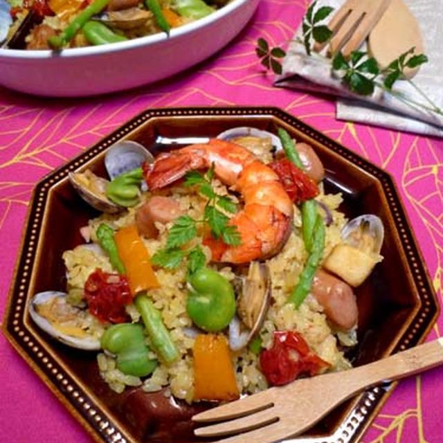炊飯器で本格スペイン風パエリア☆魚介のうま味たっぷり!