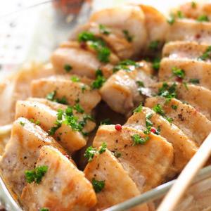 レンジで簡単!豚肉のこってり味噌味おかずでご飯がすすむ♪
