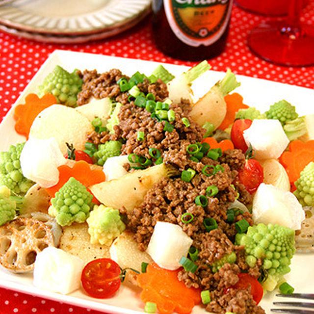 餅入り甘辛韓国風そぼろの根菜ホットサラダ☆