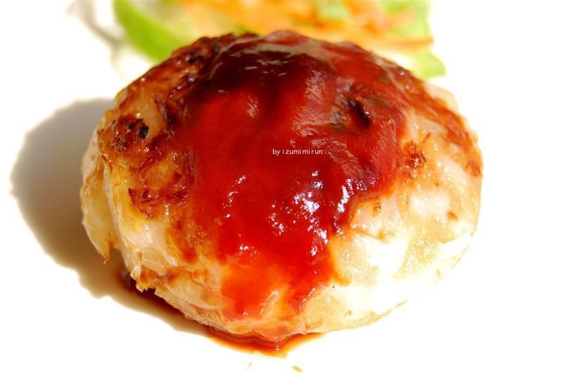 ■玉ねぎだけのハンバーグ<br><br>ハンバーグというと、たっぷりのひき肉にみじん切りの玉ねぎをあ...