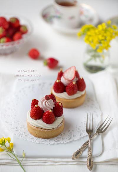 苺のチーズケーキタルト