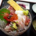 限定20食の海鮮丼は食べて損なし!『魚市場食堂』@早川