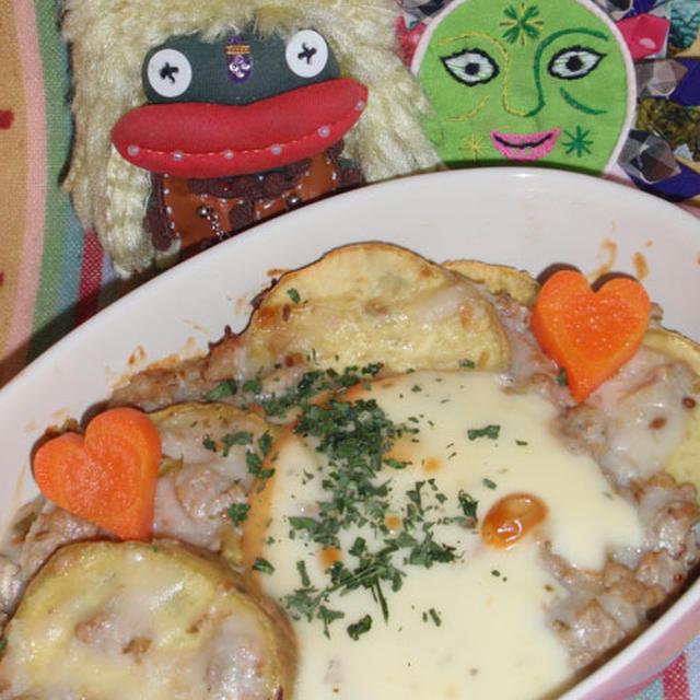 さつま芋のグリーンカレーグラタン&小松菜ともやしの竹輪サラダetc.(お家カフェ